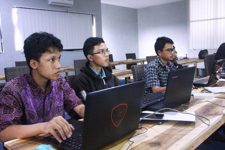 Training karyawan baru dan peserta prakerin baru