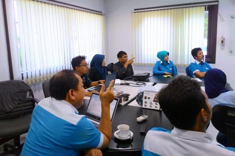 Meeting dengan Customer